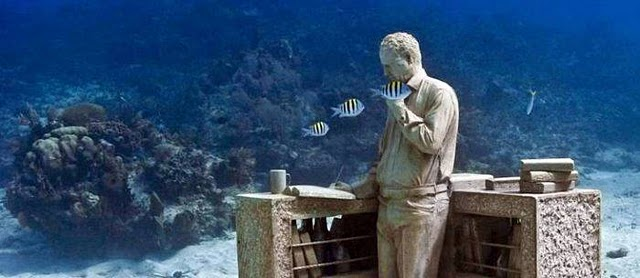 spring-break-in-cancun-museum.jpg