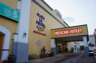 plaza-la-fiesta-cancun.jpg