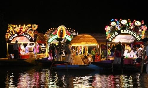 new-year-bucketlist-xoximilco.jpg