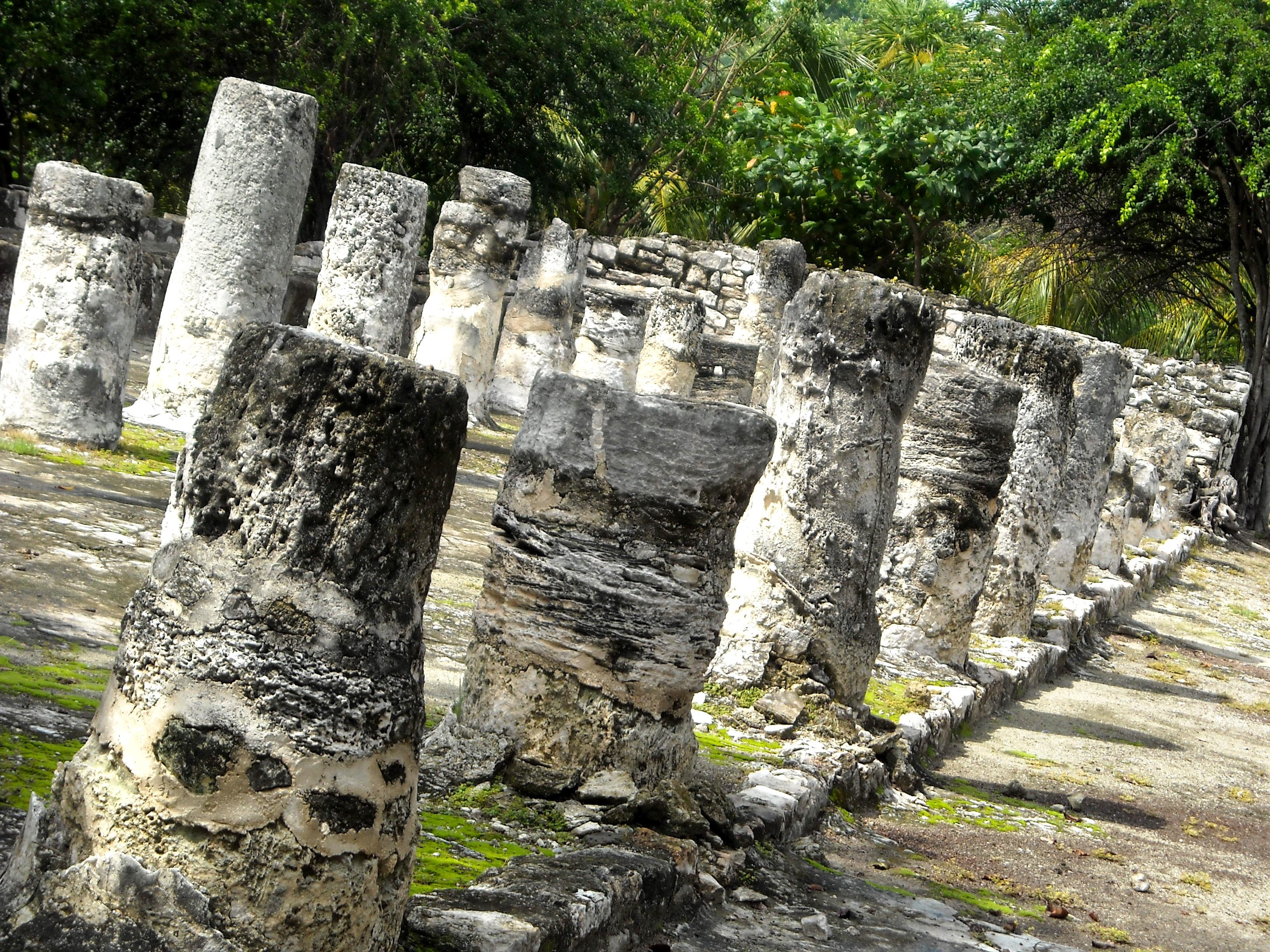 playa-mujeres-zona-arqueologica-el-meco.jpg