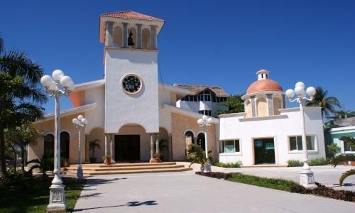 living-in-cancun-Puerto-Morelos.jpg