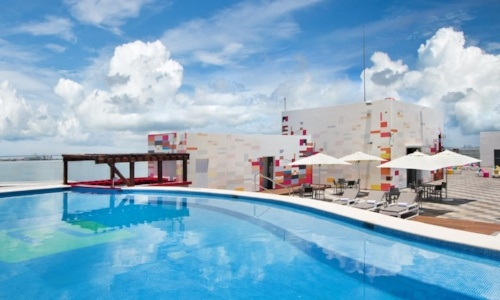 cancun-pet-friendly-aloft
